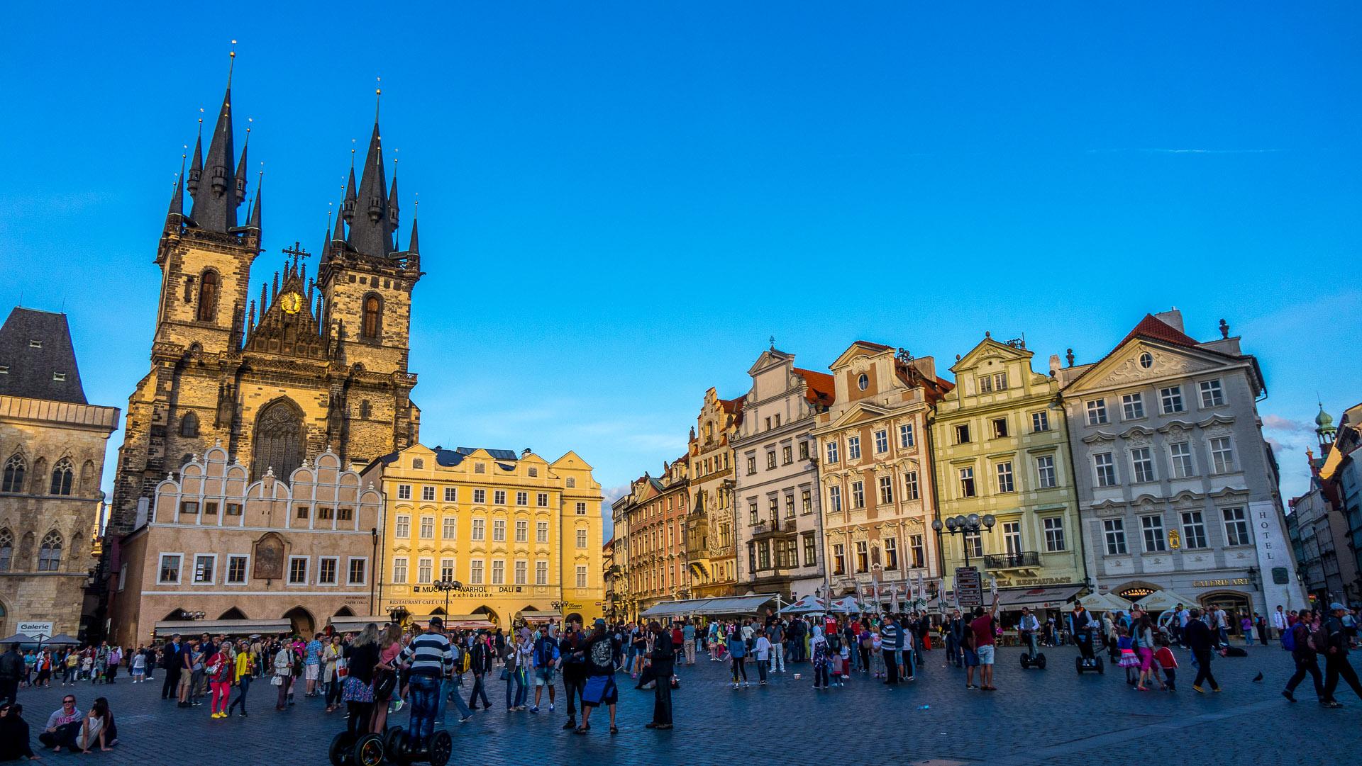 Prague old and new elreyalto travels for Prague center